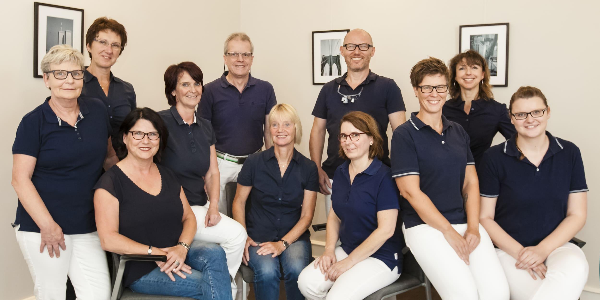 Praxisteam - Praxis für interdisziplinäre Zahnheilkunde Dr. Andreas Bröhl und ZA Lothar Goßmann
